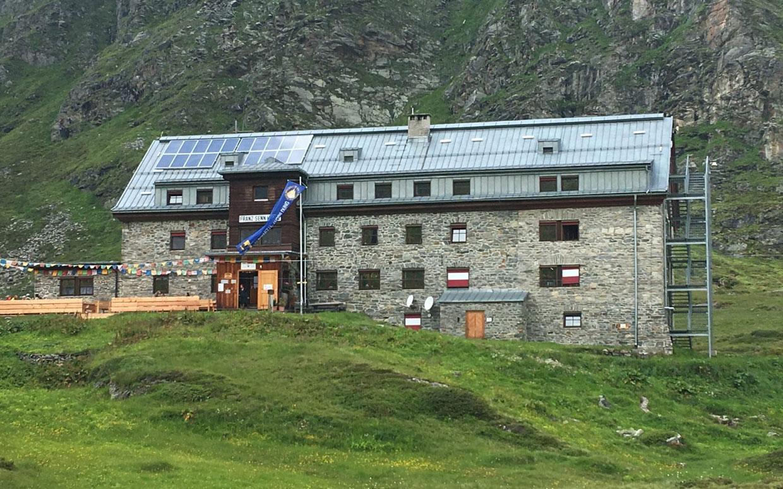 Powerlink Schichtenspeicher für Franz Senn Hütte